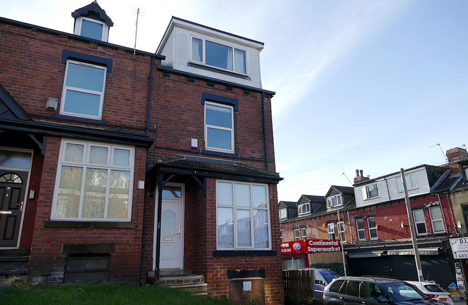 2 Brudenell View (4 bed) Hyde Park LS6